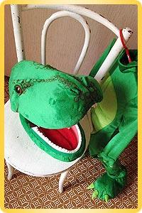 Ростовая кукла динозаврик